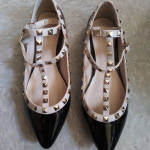 Wild Diva Black Patent Leather Flats